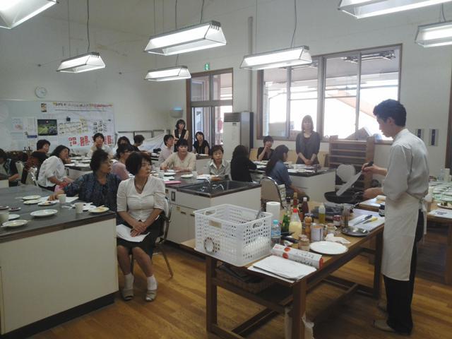「料理教室」開催しました。_b0237604_16403872.jpg