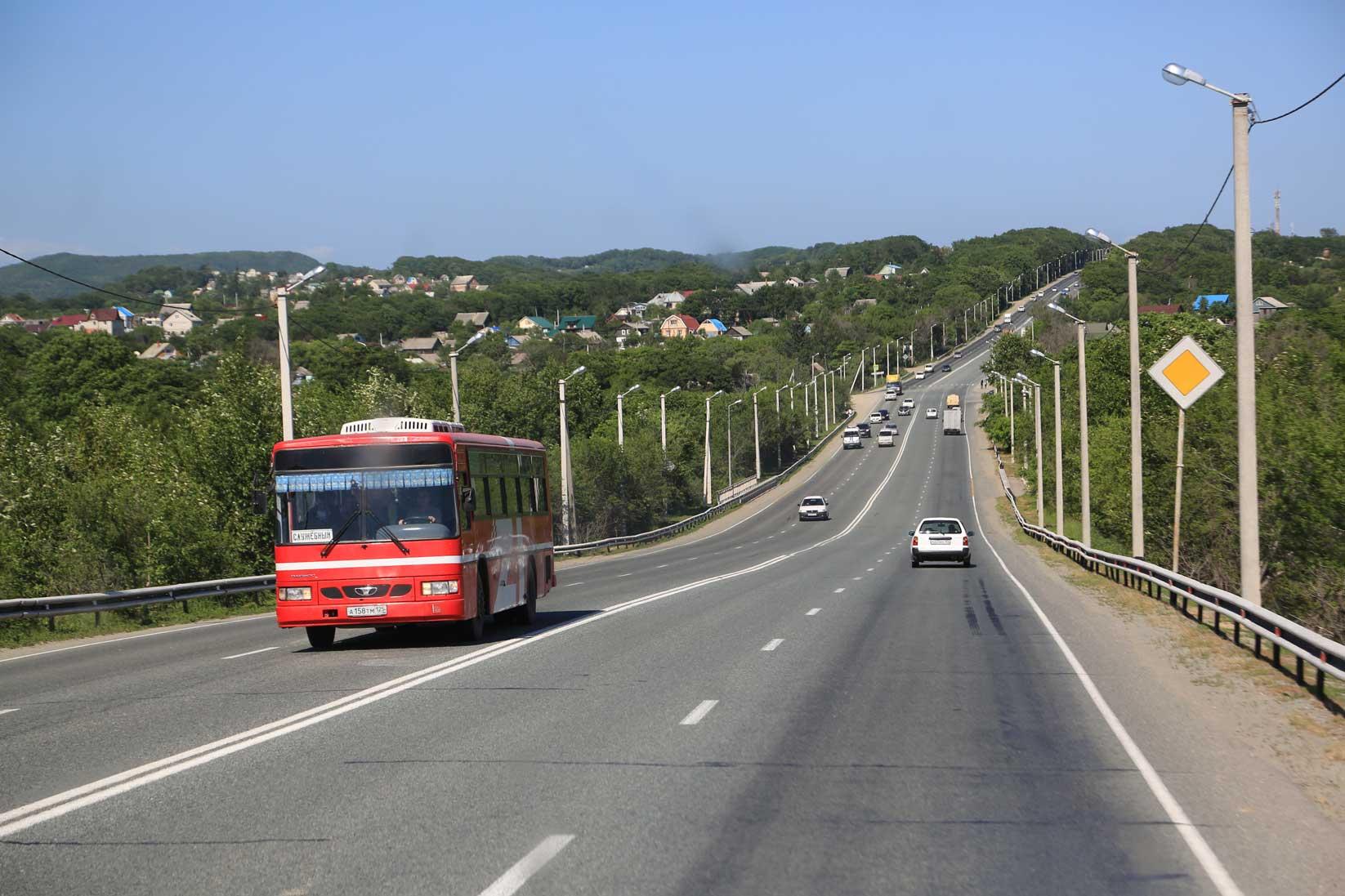 国境を越えるとこんなに風景が違うのか!?【中国からバスで行くウラジオストク(後編)】_b0235153_18511997.jpg