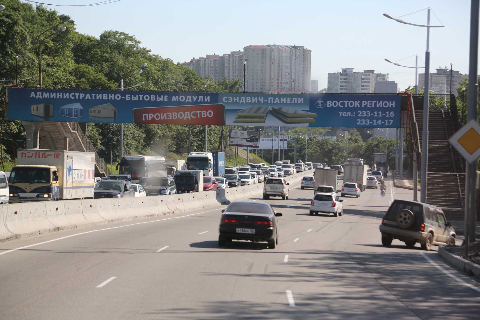 国境を越えるとこんなに風景が違うのか!?【中国からバスで行くウラジオストク(後編)】_b0235153_18514614.jpg