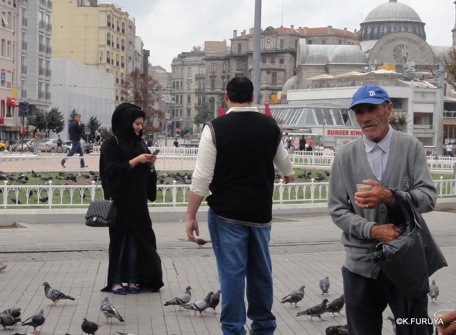 トルコ旅行記 42 イスタンブール タクシム広場_a0092659_22475634.jpg