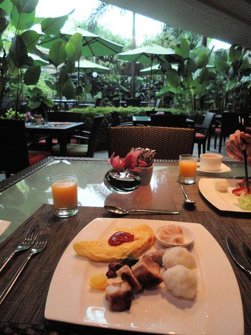 大好き♪シンガポール旅行 その6 マンダリンオリエンタルの朝食_f0054260_15543796.jpg