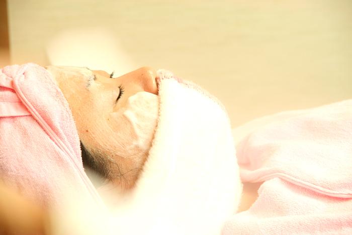 お顔剃りは至福の時間_c0120834_1143244.jpg