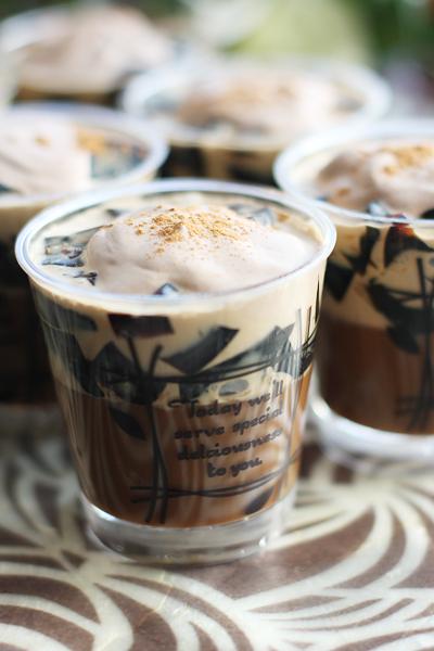 チョコバナナムースパフェと 大人のコーヒーゼリー_f0149855_19241528.jpg