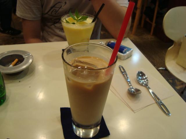 吉祥寺「A.B.Cafe エビカフェ」へ行く。_f0232060_17544061.jpg
