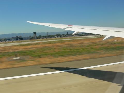 亜細亜出張2013年06月-第一、二日目-B-787の旅_c0153302_18503679.jpg