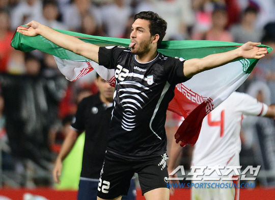 イランと韓国もW杯出場決定:韓国の「お通夜」のような出陣式!?パンチでゴー!?_e0171614_817388.jpg
