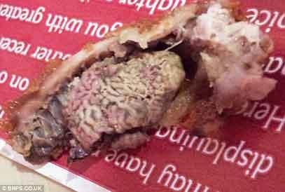 『ケンタッキーフライドチキン(KFC)は脳を油で揚げました?』/ Dailymail_b0003330_13274013.jpg