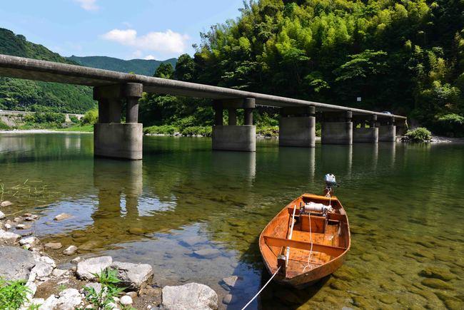 鎌井田の沈下橋_d0246136_2384732.jpg