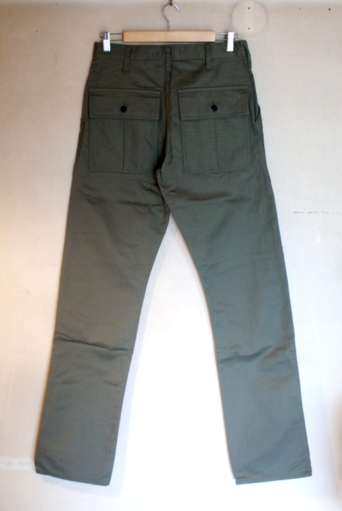 入荷案内 BAKER W-KNEE PANTS_e0254972_1583528.jpg