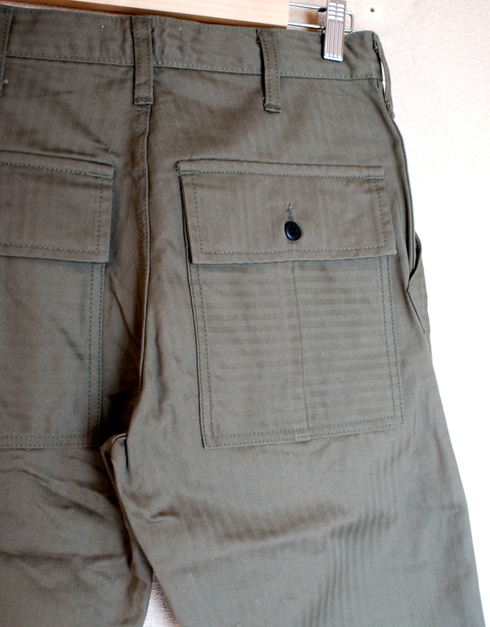 入荷案内 BAKER W-KNEE PANTS_e0254972_1591367.jpg
