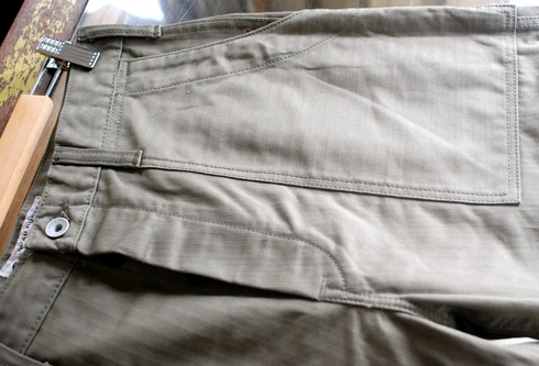 入荷案内 BAKER W-KNEE PANTS_e0254972_1593682.jpg