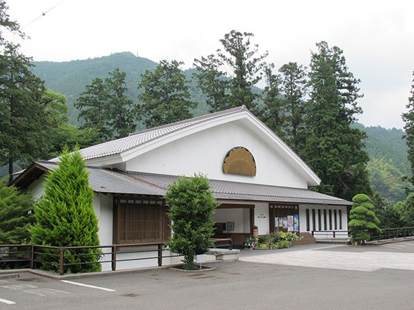 澤乃井 櫛かんざし美術館_e0271858_9191955.jpg