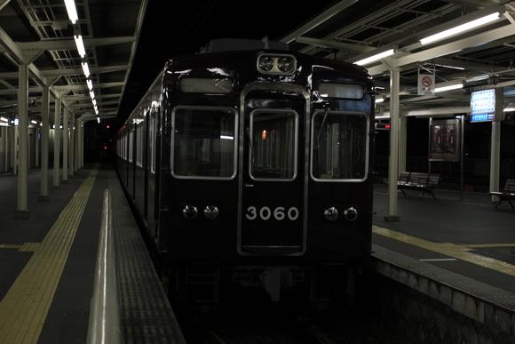 終電後の阪急箕面線_d0202264_2124510.jpg