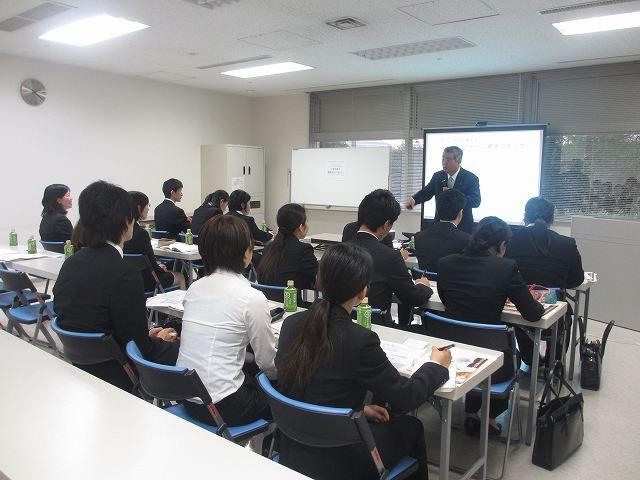 2014年新卒会社説明会_e0190287_1134617.jpg