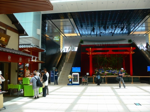 亜細亜出張2013年06月-第七日目-台湾へ、羽田空港拡張工事中_c0153302_4221592.jpg