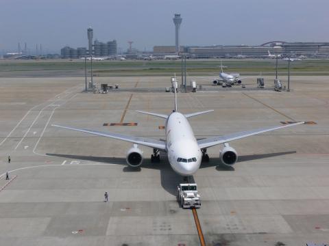 亜細亜出張2013年06月-第七日目-台湾へ、羽田空港拡張工事中_c0153302_4234465.jpg