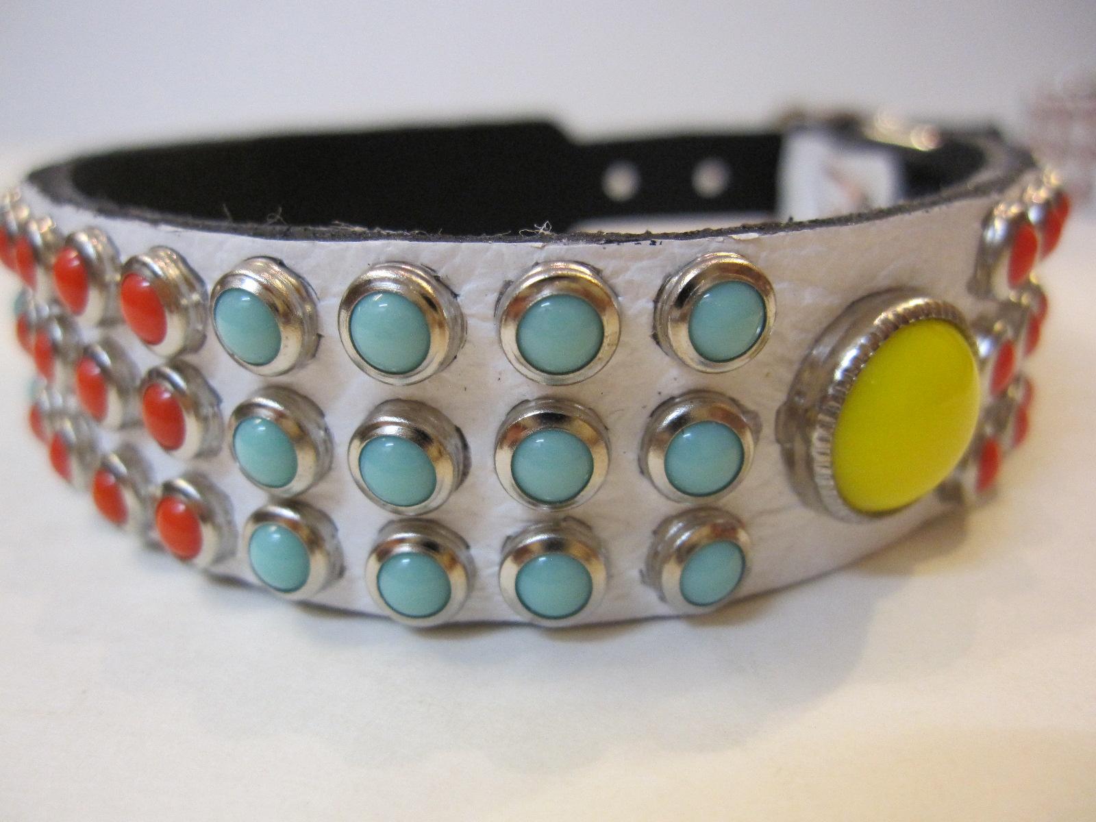 RN Design Laurel Collar Napa pink & Tribal Collar in White_c0151934_23393115.jpg