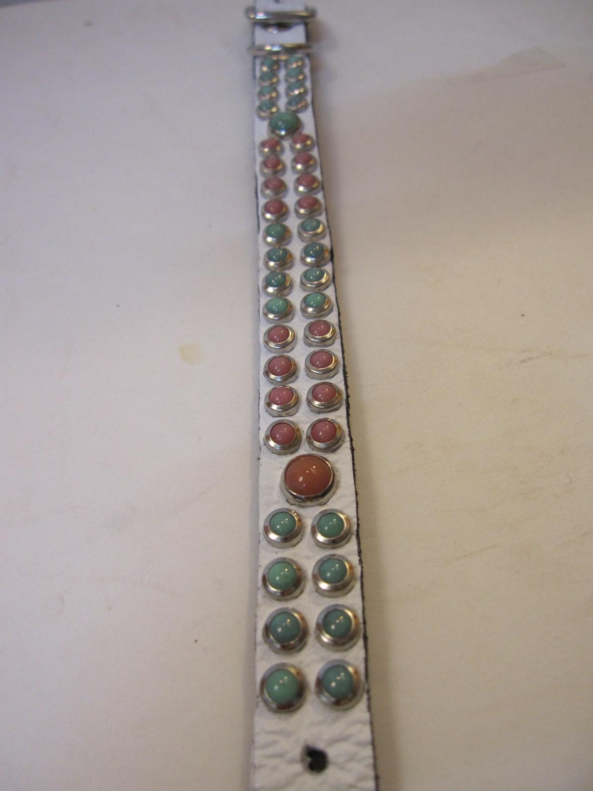 RN Design Laurel Collar Napa pink & Tribal Collar in White_c0151934_23405983.jpg