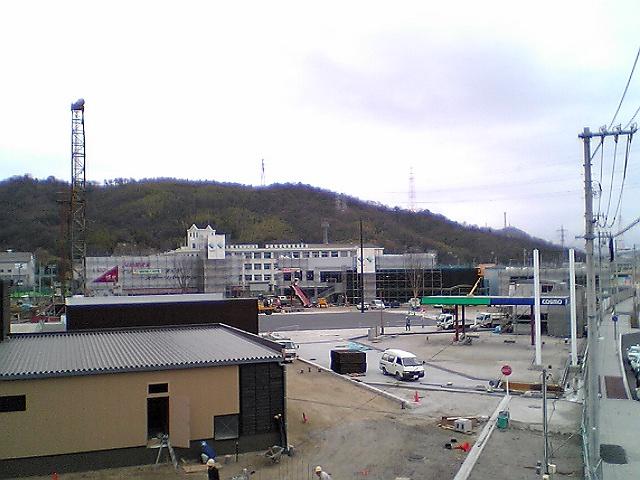 オープン1か月前のパルティフジ坂(2004)_b0095061_17341362.jpg