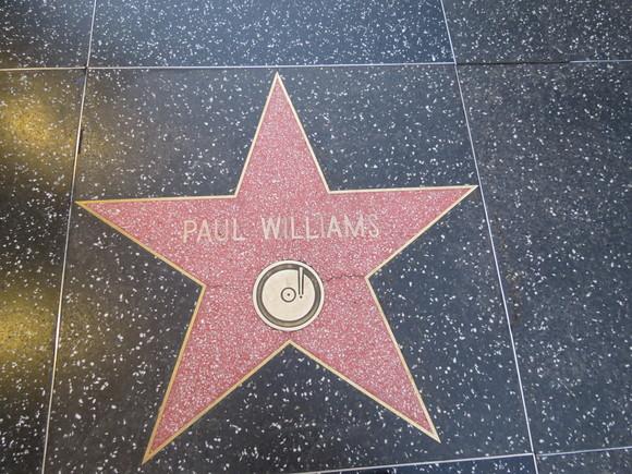 130624 歩道に刻まれた俳優の名前を探して歩く・・・・・♪_d0288367_16335470.jpg