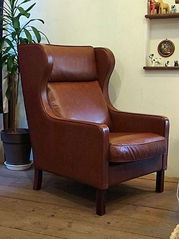 wingback chair _c0139773_1962452.jpg