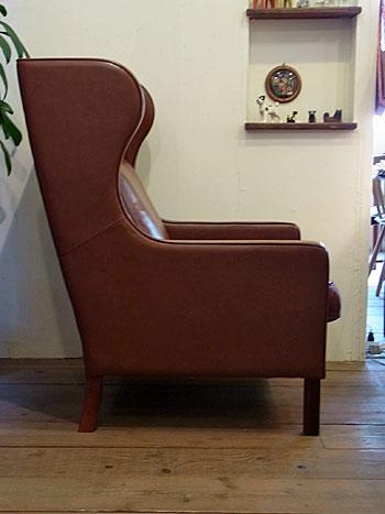 wingback chair _c0139773_1963238.jpg