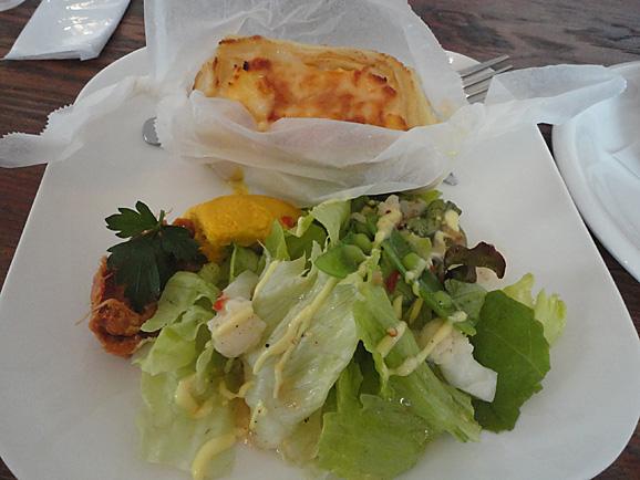 月1 ポム・ド・テールのカフェ@+cafe_e0230011_1650049.jpg