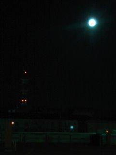 まんまるお月さん_c0241324_2085292.jpg
