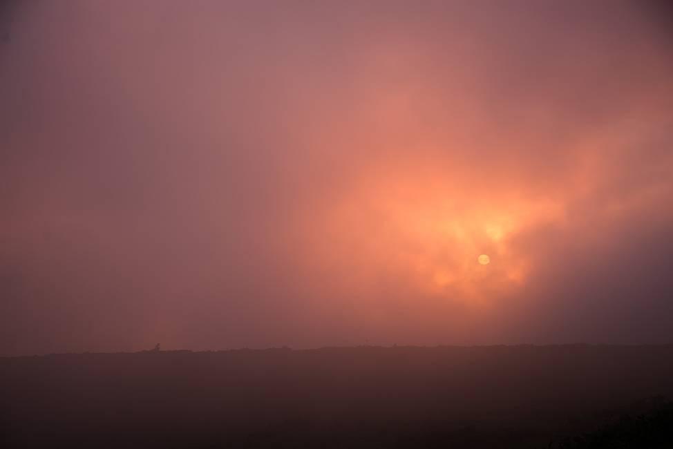 スーパームーンの日の夕陽_e0271864_21552186.jpg