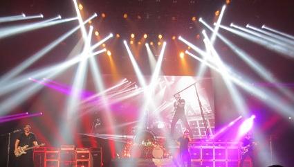 ヴァン・ヘイレン 大阪公演  ♬_b0118001_8111040.jpg