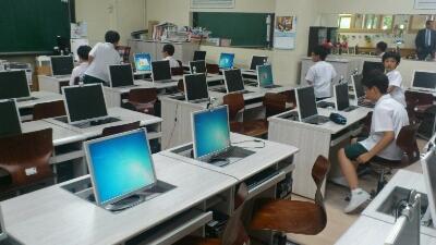 韓国の小学校見学_c0127029_2333658.jpg