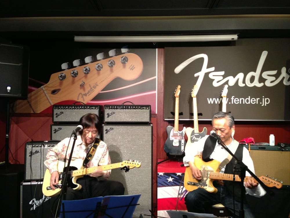 Fender showcase_f0209434_1338637.jpg