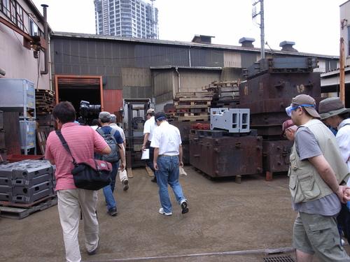 アートさんぽ[鋳物の街で工場見学]を開催しました!_c0222139_18303535.jpg
