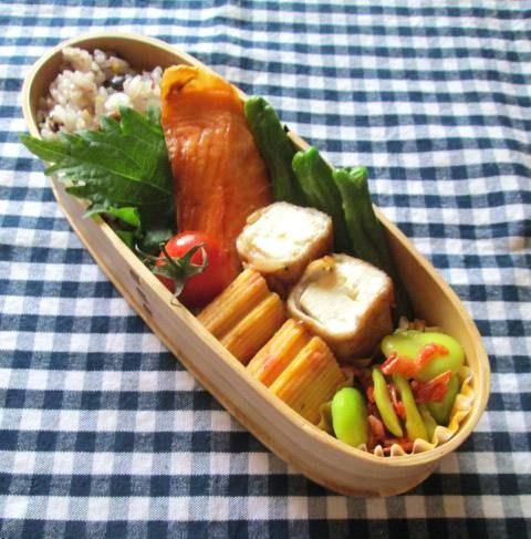 6.25 木綿豆腐の肉巻き・シャケ弁当と朝粥_e0274872_7553981.jpg