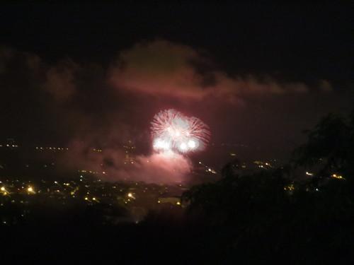 今年はこんな場所から花火を見ました!!_c0179785_5585748.jpg