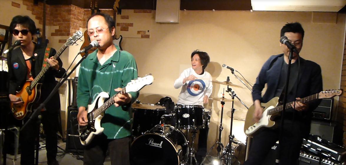 カラフルRainy Season Live@ZOEのライブレポ!_e0188087_20571875.jpg