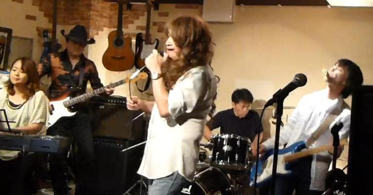 カラフルRainy Season Live@ZOEのライブレポ!_e0188087_21192034.jpg