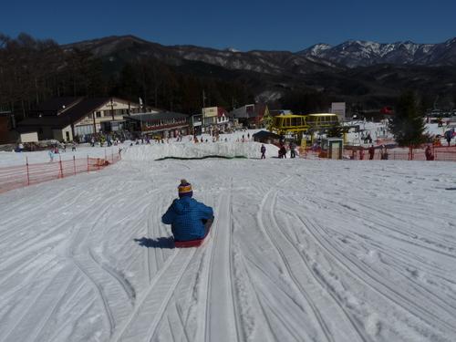 毎年恒例の「雪遊び&スキーinかたしな高原」_c0214657_13211753.jpg