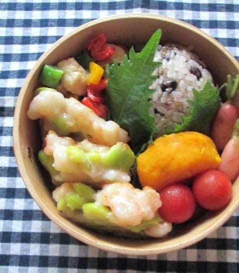 6.26 エビしんじょのお弁当とコロコロ丼の朝ごはん_e0274872_7515775.jpg