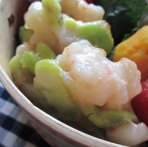 6.26 エビしんじょのお弁当とコロコロ丼の朝ごはん_e0274872_7522423.jpg