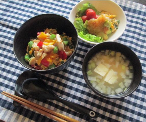 6.26 エビしんじょのお弁当とコロコロ丼の朝ごはん_e0274872_7532045.jpg