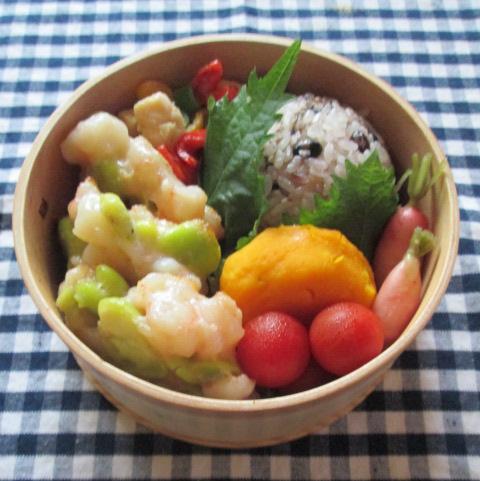 6.26 エビしんじょのお弁当とコロコロ丼の朝ごはん_e0274872_7553579.jpg