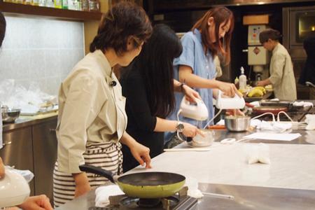 小嶋ルミ先生のスポンジケーキに学ぶ丁寧なお菓子作り。イベントレポ☆_f0149855_14285053.jpg
