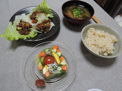 野菜テリーヌ、ひじきこんにゃく、高きび肉味噌風を作りました_b0252363_17433053.jpg
