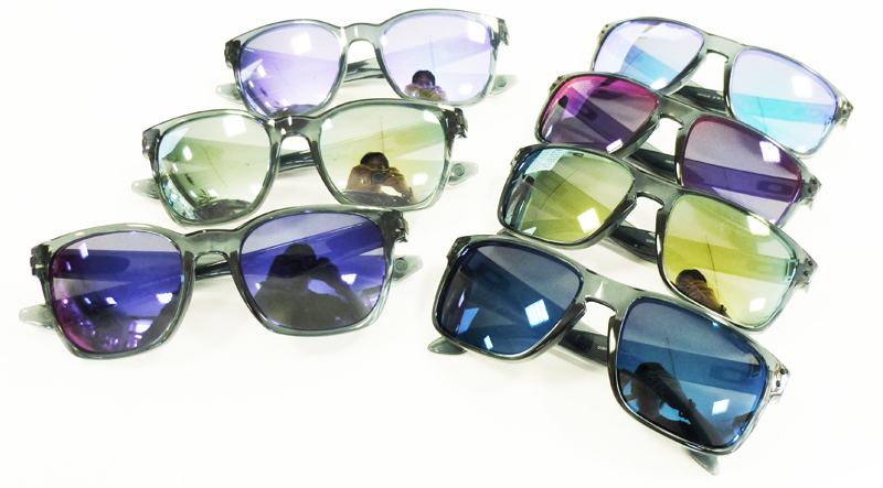 OAKLEY CRYSTALBLACK COLLECTION HOLBROOK&GRAGEROCK入荷!_c0003493_10502155.jpg