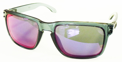 OAKLEY CRYSTALBLACK COLLECTION HOLBROOK&GRAGEROCK入荷!_c0003493_10512074.jpg