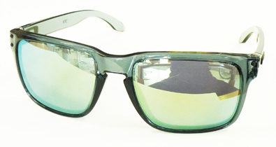 OAKLEY CRYSTALBLACK COLLECTION HOLBROOK&GRAGEROCK入荷!_c0003493_10513941.jpg