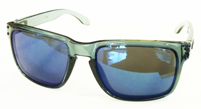 OAKLEY CRYSTALBLACK COLLECTION HOLBROOK&GRAGEROCK入荷!_c0003493_10514714.jpg