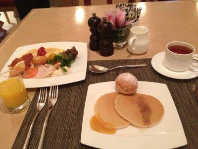 お一人シンガポール⑤朝食へ〜♪_d0285416_2331833.jpg