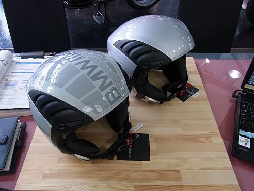エアフロー2ヘルメット入荷しました!_e0254365_15331370.jpg
